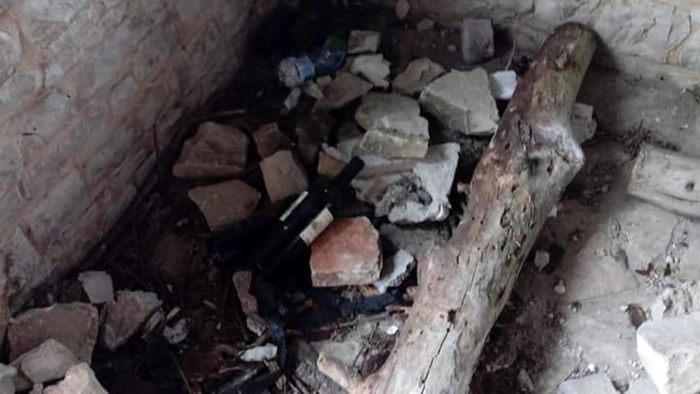 """Photo of Rifugio del Monte Cornacchia """"danneggiato e violentato da chi è nemico della nostra montagna"""""""