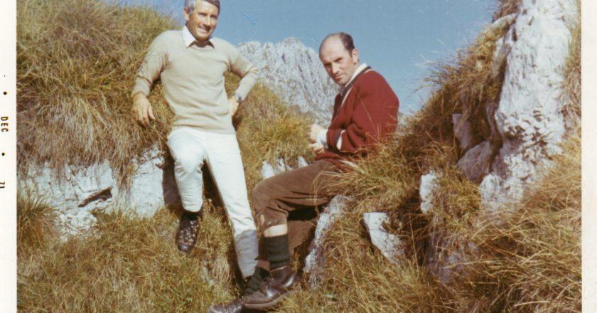 Dentro il libro anche la testimonianza di Dino Perolari, qui con Walter. Foto archivio Dino Perolari