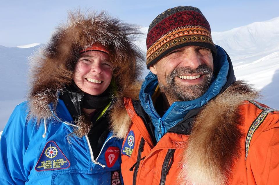Photo of Pascale Marceau e Lonnie Dupre mettono a segno la prima ascesa invernale del monte Wood nell'estremo Yukon