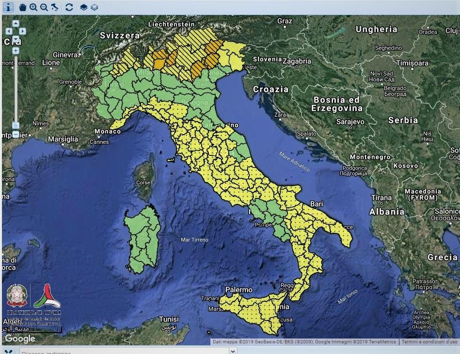 """Photo of Italia nella morsa del maltempo. Filippo Thiery: """"Nessuna bomba meteo. Ricordiamoci di essere in una mezza stagione"""""""