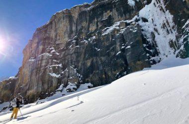 david lama, hansjorg auer, jess roskelley, banff national park, montagne rocciose, canada, recupero, decesso