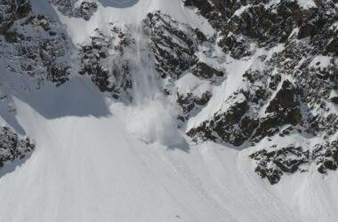 valanga, monte bianco, gendarmeria, Francia, bollettini, alpi, primo maggio