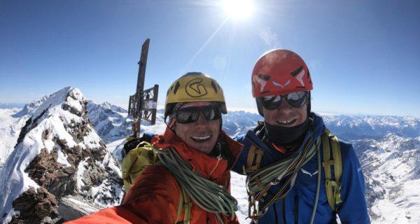 François Cazzanelli con Francesco Ratti sulla vetta del Cervino