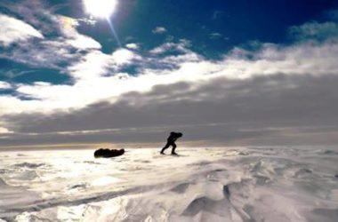 Danilo in marcia sul plateau antartico. Foto archivio Danilo Callegari