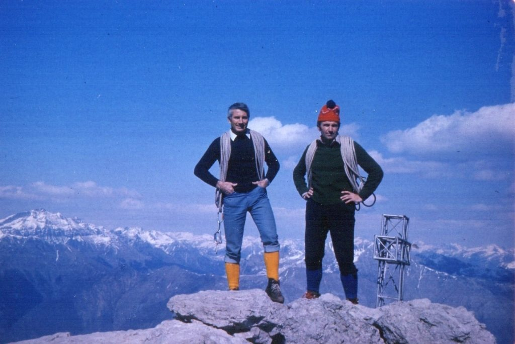 Walter Bonatti con Dino Perolari. Archivio Dino Perolari