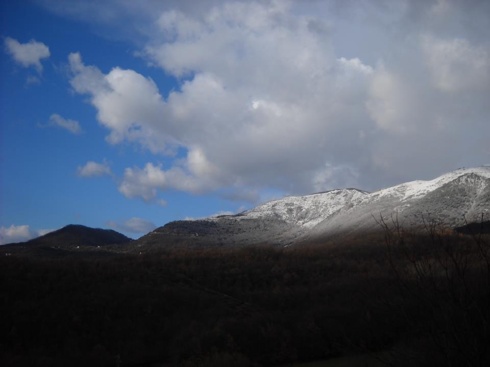 """Photo of La neve a maggio e il negazionismo climatico. Filippo Thiery: """"Mai confondere tempo e clima"""""""