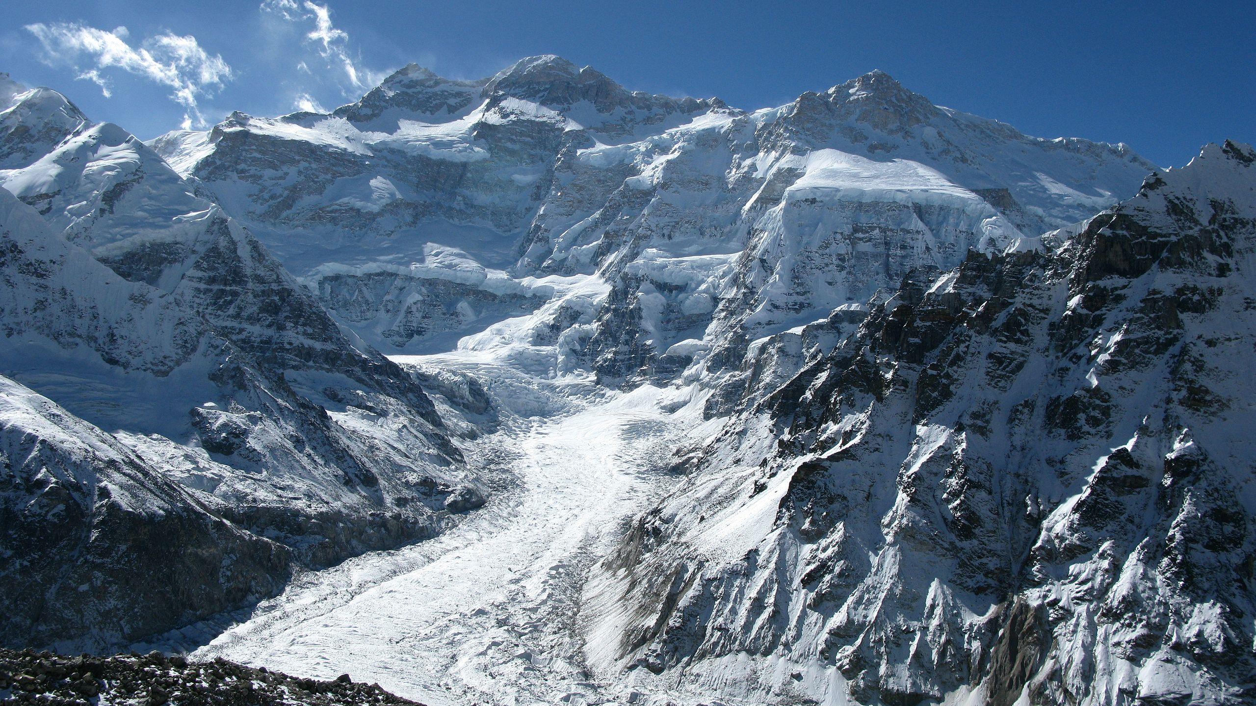Photo of Morti i due alpinisti indiani sul Kanchenjunga. Disperso un cileno, altri tre con congelamenti gravi