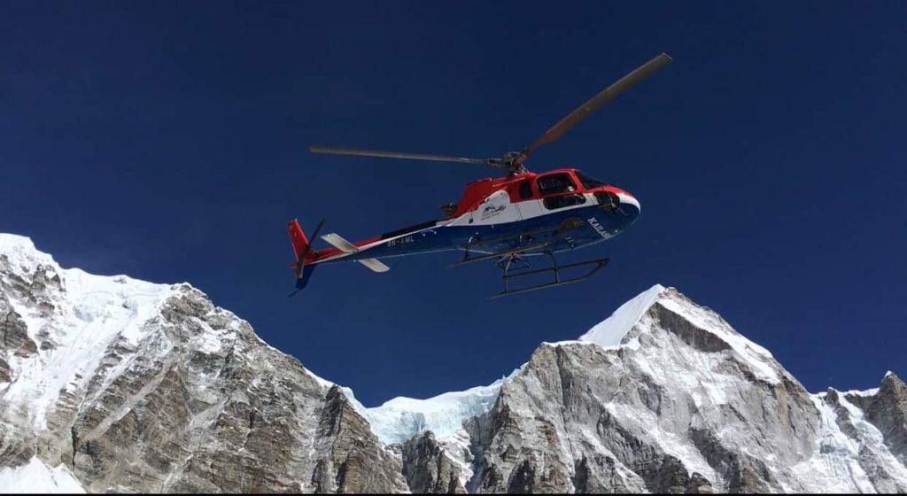 everest, folini, alpinismo, elicottero