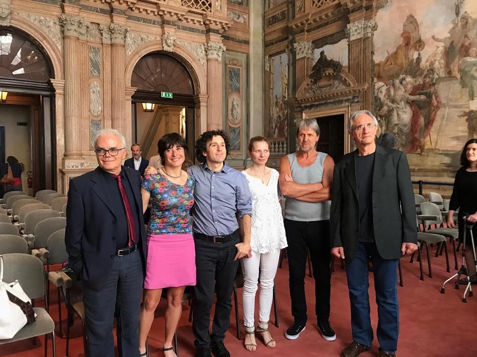 """Photo of Premio Mario Rigoni Stern. Marco Balzano vince l'edizione 2019 con l'opera """"Io resto qui"""""""