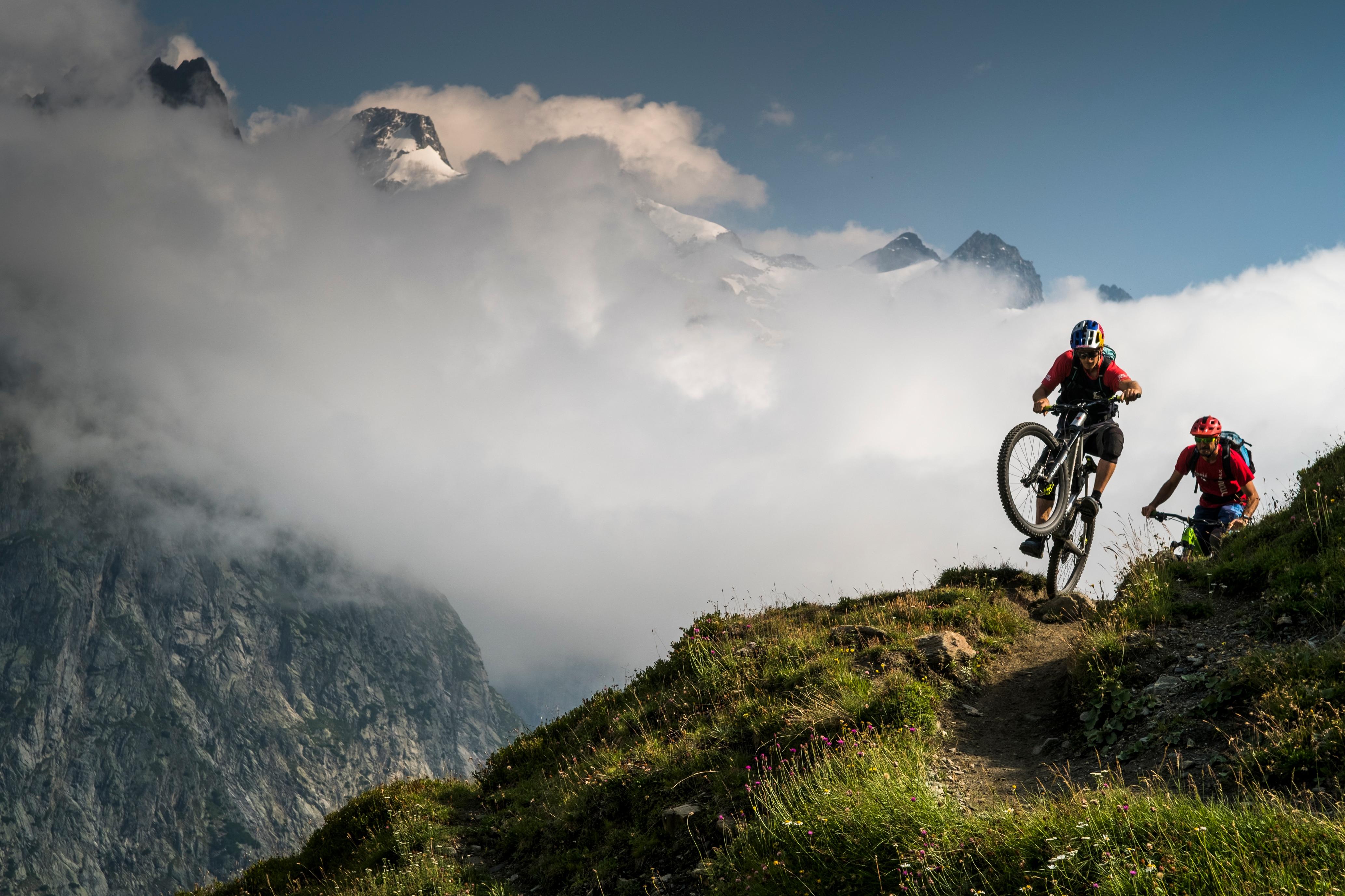 Photo of Courmayeur, in MTB nelle valli ai piedi del Monte Bianco – seconda puntata