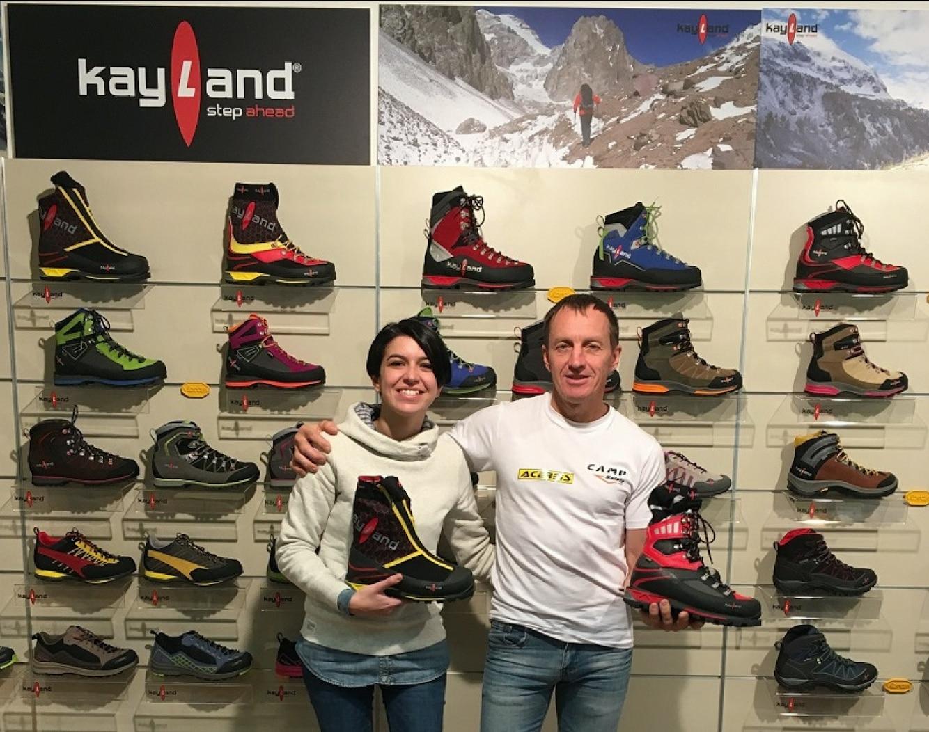 Photo of Denis Urubko e Maria Cardell in visita agli headquarters di Kayland