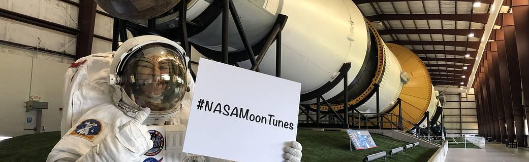 Photo of L'appello della Nasa: aiutateci a creare la playlist per la prossima missione sula Luna