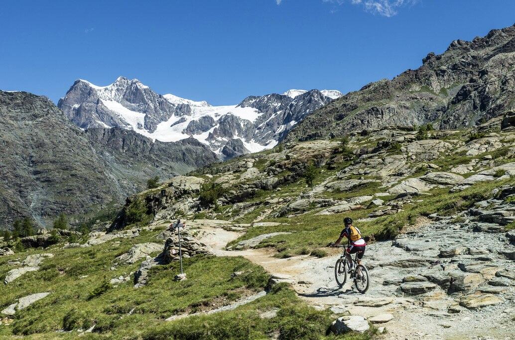 Photo of Valmalenco in MTB, scoprire l'incanto della montagna