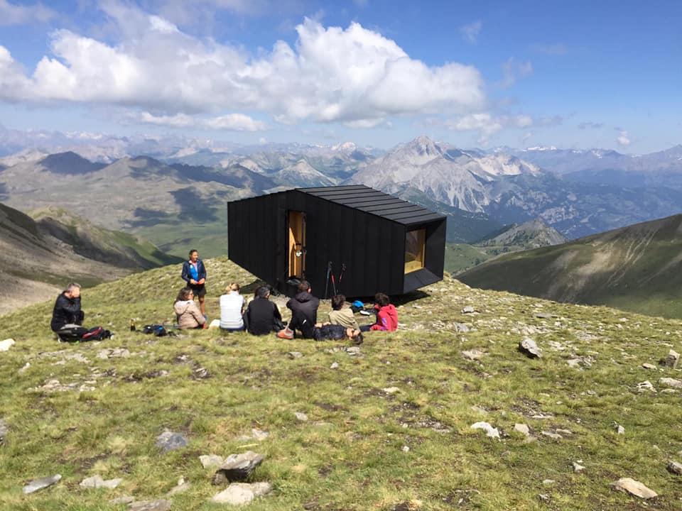Photo of Alpi Cozie. Un bivacco sostenibile sulla Cima Dormillouse