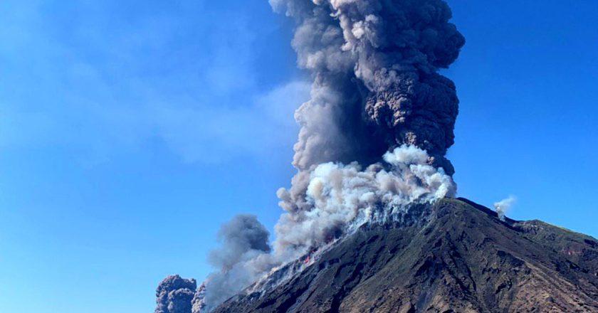 eruzione vulcano stromboli