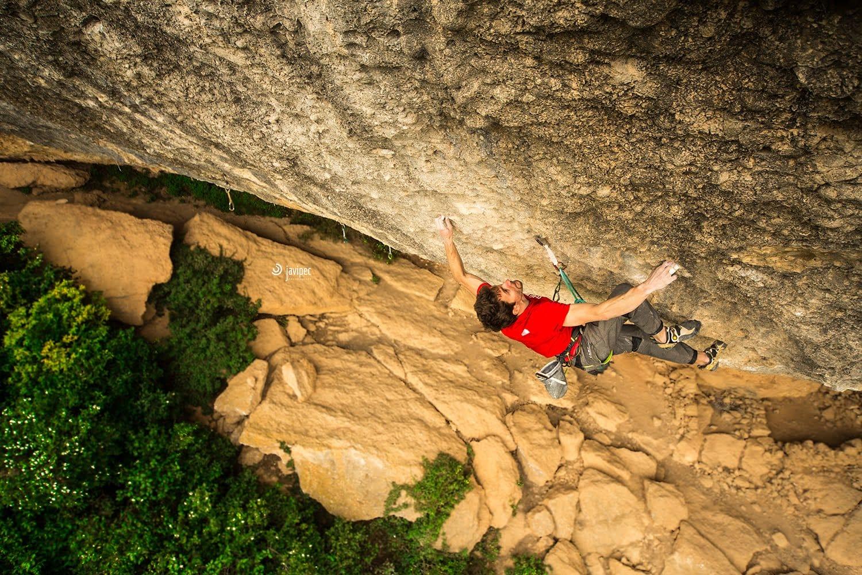 Photo of Stefano Ghisolfi su Perfecto Mundo, il video della salita che ha incoronato il climber tra i più forti