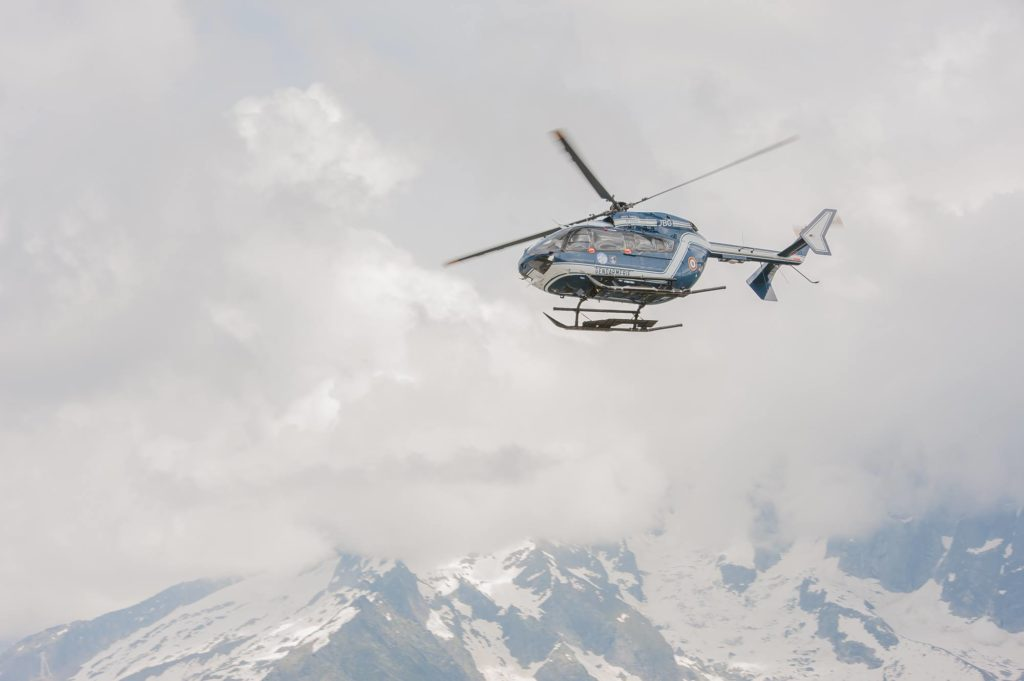 monte bianco, muore alpinista in un crepaccio