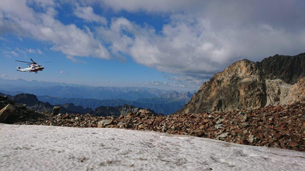 Grand Combin, scarica sassi travolge cordata: morti alpinista e guida