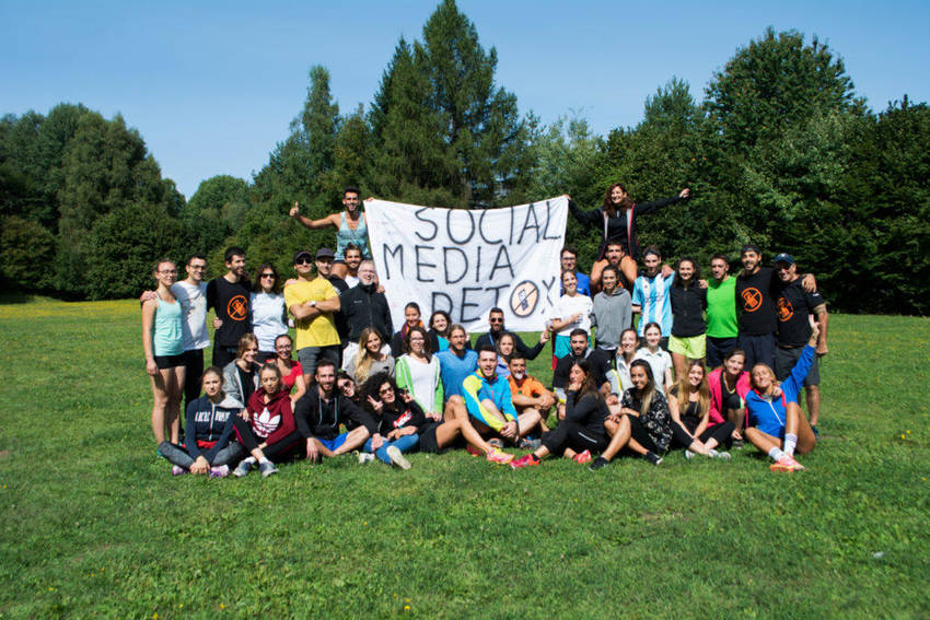 Photo of Studenti in montagna senza smartphone. La ricetta detox della Bicocca