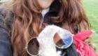 Selfie 19 con pecora - Foto FB @Progetto Pasturs