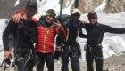 Da sx, Don Bowie, Marco Confortola, Cala Cimenti e Denis Urubko al campo base dei Gasherbrum dopo l'operazione di salvataggio di Francesco Cassardo