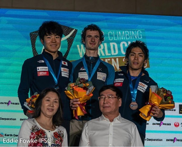 Photo of Adam Ondra vince a Xiamen e conquista la Coppa del Mondo Lead 2019