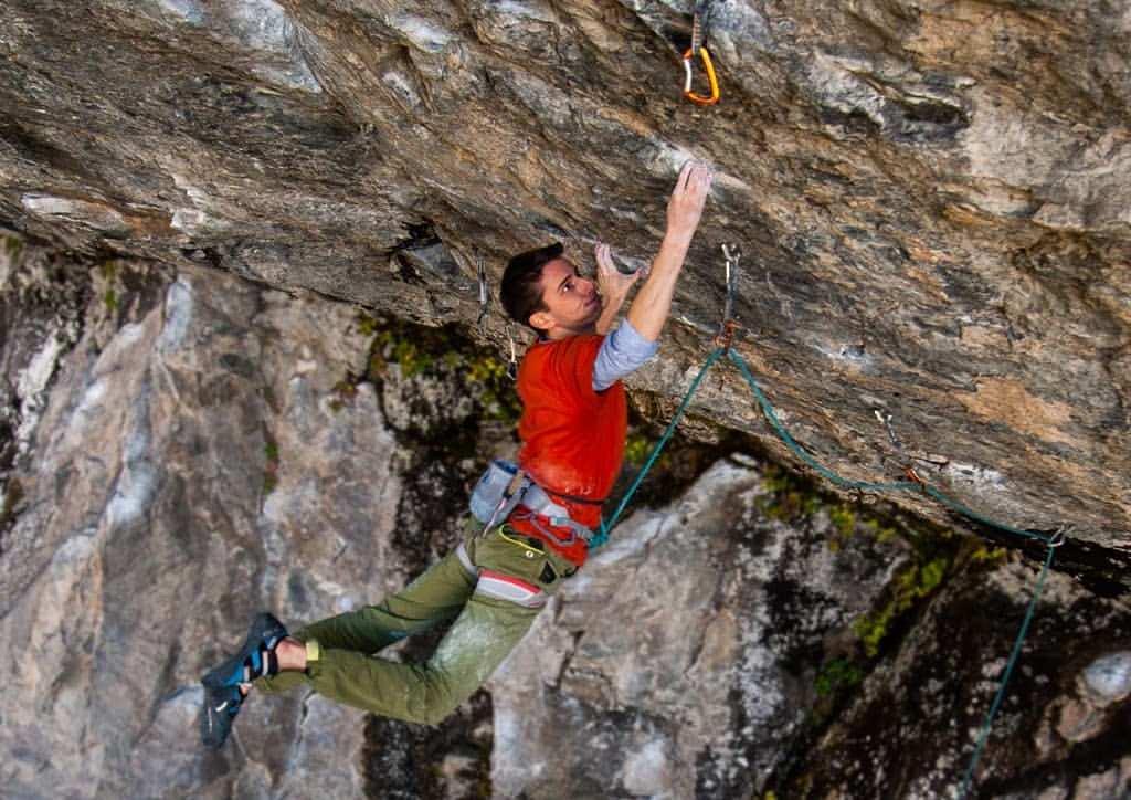 """Photo of Giovani climber da 9a, Davide Bassotto sale """"Condé de Choc"""""""