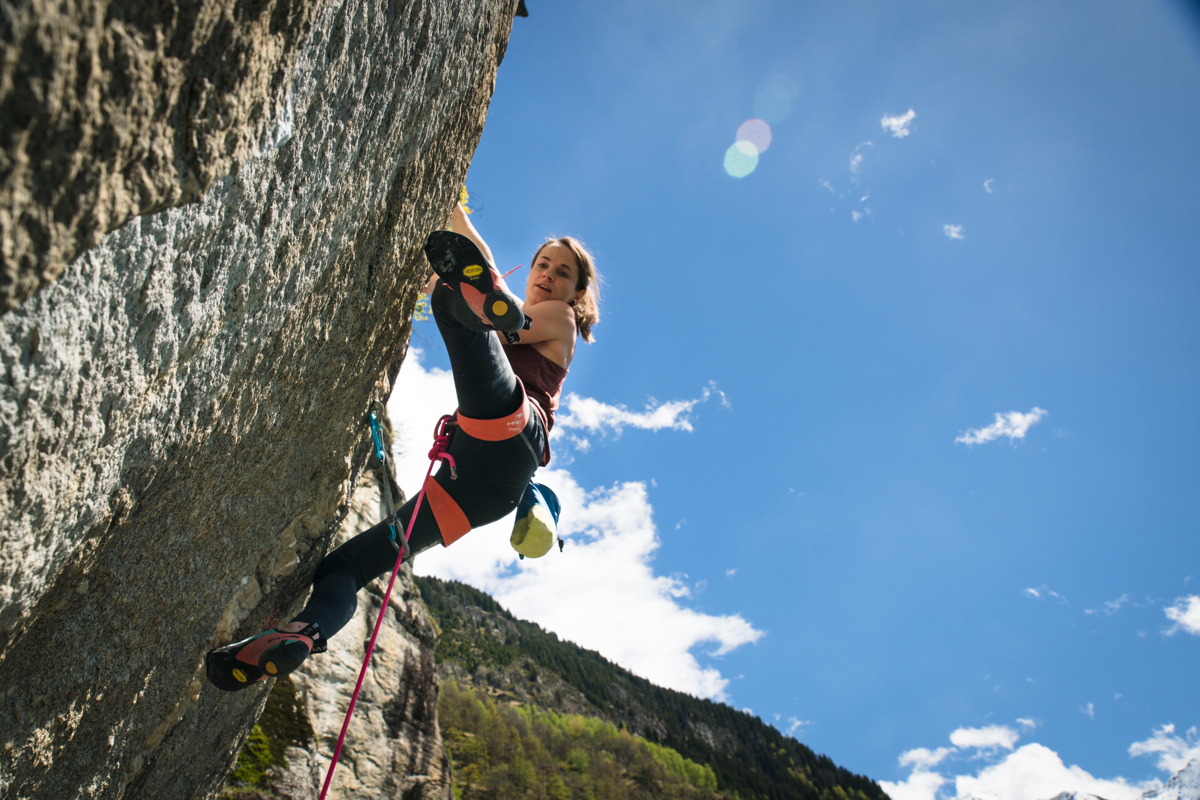 """Photo of Barbara Zangerl, tra El Cap, Eiger e 9a: """"La routine della vita mi sprona ancora di più in parete"""""""