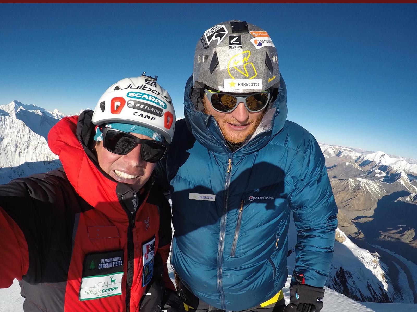 Photo of Marco Majori e Federico Secchi in vetta all'Himlung, 7126m
