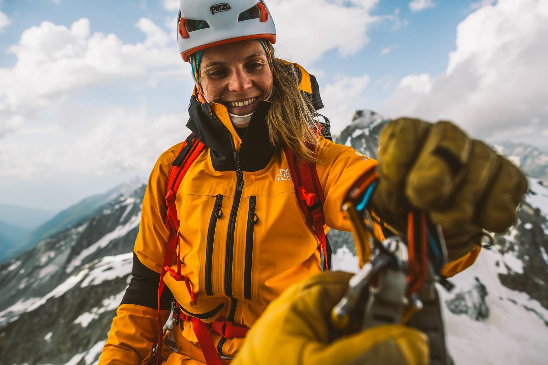 Photo of The North Face rivoluziona il mercato outdoor con il lancio  dei capi FUTURELIGHT™
