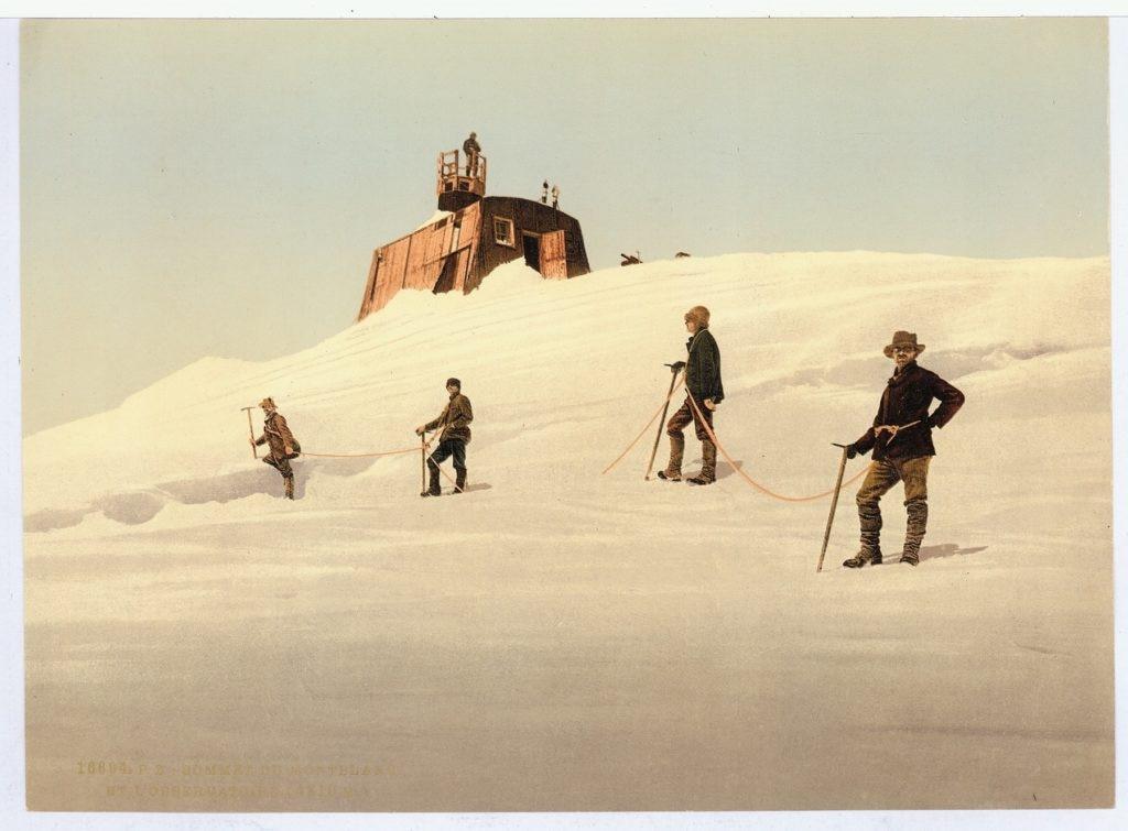 La cima del Monte Bianco e l'Osservatorio 1899