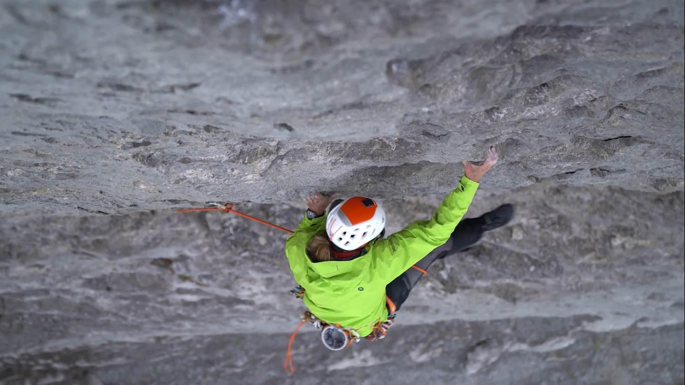 """Photo of Robert Jasper apre in solitaria """"Meltdown"""" sulla Nord dell'Eiger. Il video della salita"""