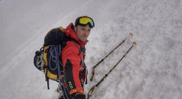 Photo of Andrea Lanfri in vetta al Putha Hiunchuli (7.246 m)