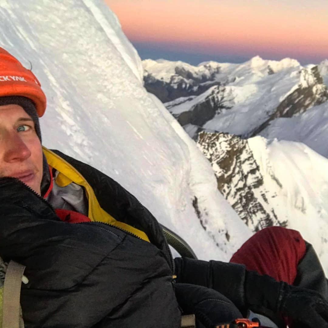 Photo of Jost Kobusch sale l'inviolata vetta dell'Amotsang pensando alla solitaria invernale dell'Everest