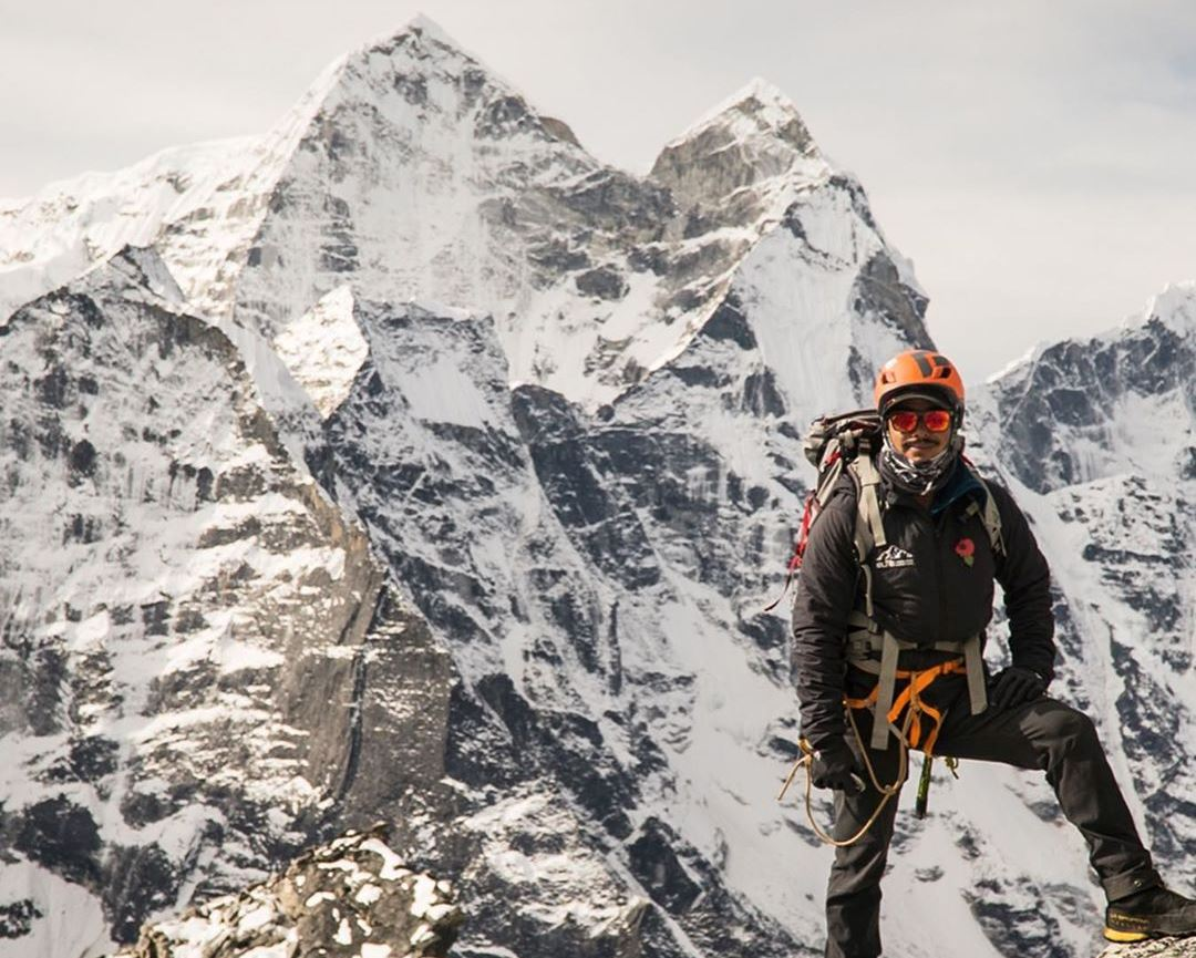 Photo of Nirmal Purja torna in quota. Una diretta live dal campo 2 dell'Ama Dablam