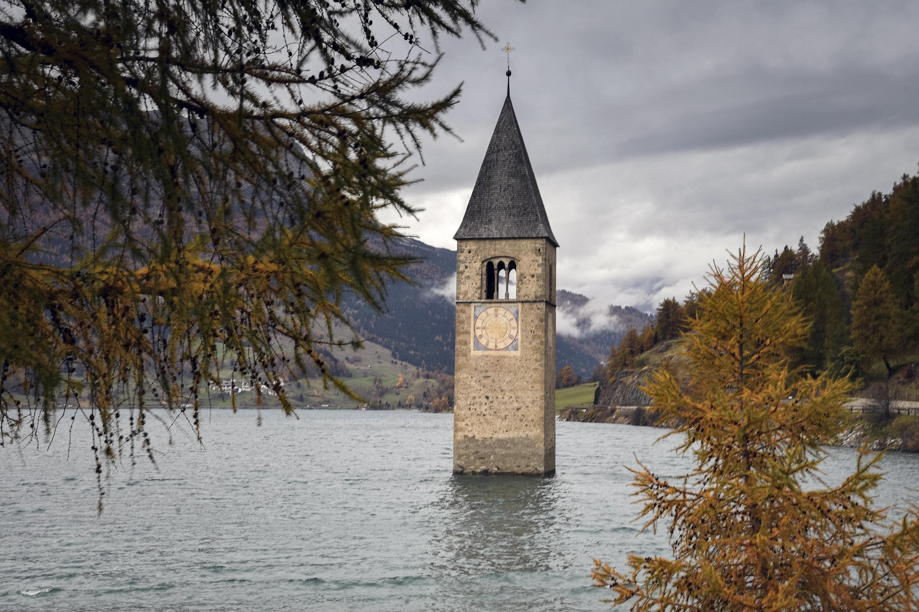 Photo of Cinema: una serie Netflix sul lago di Resia e Messner ancora regista per un film sulla Marmolada