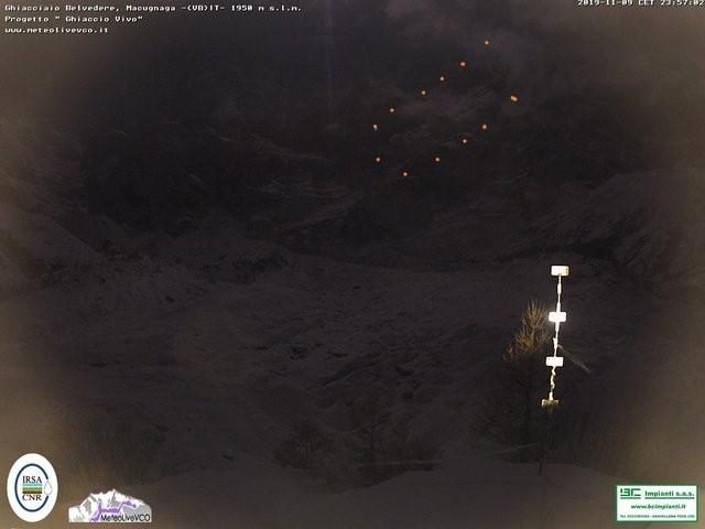 Photo of Parete Est Monte Rosa. Una grande valanga al chiaro di Luna