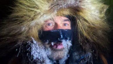 """Photo of Mike Horn. Ultimi 100 km nell'Artico ma il cibo scarseggia: """"Forse toccherà chiamare un elicottero"""""""