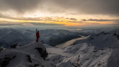 """Photo of Kilian Jornet: """"Quanto in alto salireste per trovare il sole?"""""""