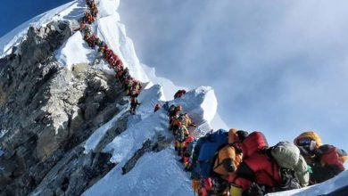Photo of Everest e la nuova folle regola delle salite contingentate