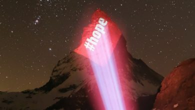 Photo of Il Cervino si illumina per dare speranza al mondo