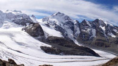 Photo of Ghiaccio porpora sulle Alpi. Così le alghe accelerano lo scioglimento dei ghiacciai