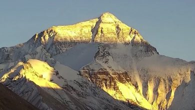 Photo of Everest, domani si prova a raggiungere la vetta