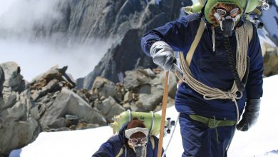 "Photo of ""Beyond the Edge"". Il film sulla prima ascensione dell'Everest"