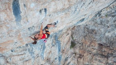 "Photo of Margo Hayes e Page Claassen, due prime ripetizioni femminili del 9a ""Kryptonite"""