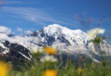 Photo of L'estate del gigante, in cammino attorno al Monte Bianco