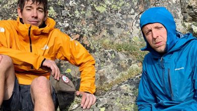 Photo of Alex Honnold e Tommy Caldwell concatenano 17 vette in 36 ore sulle Montagne Rocciose