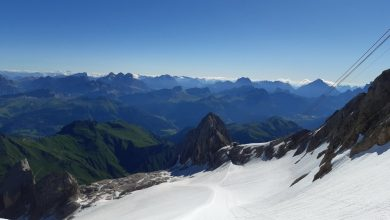 Photo of Marmolada. In difficoltà non segue i consigli del Soccorso Alpino e finisce in un crepaccio