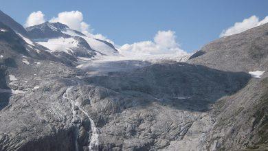 Photo of Adamello. Ingente crollo sul ghiacciaio del Mandrone