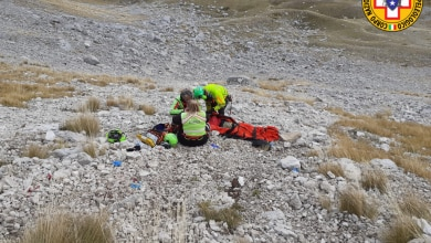 Photo of Gran Sasso: precipita per 50 metri, grave escursionista